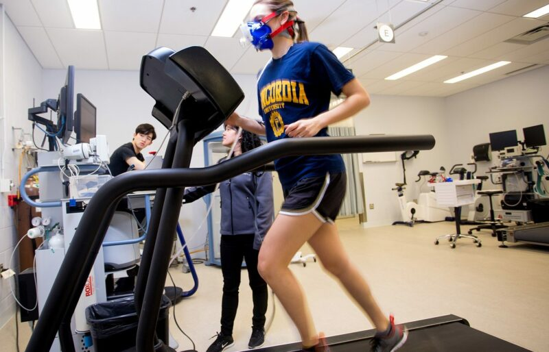 A Concordia student runs on a treadmill at Concordia University's PERFORM Centre during a research project on preventative health.